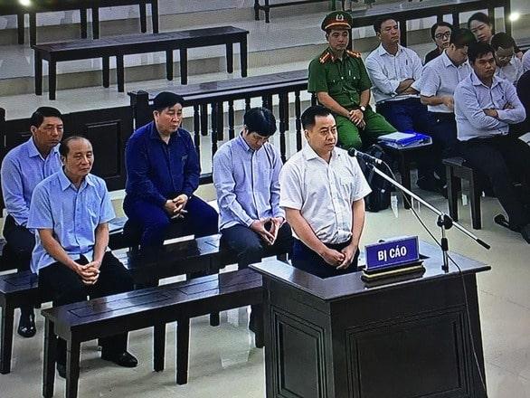 Bị cáo Phan Văn Anh Vũ trong phần trả lời thẩm vấn