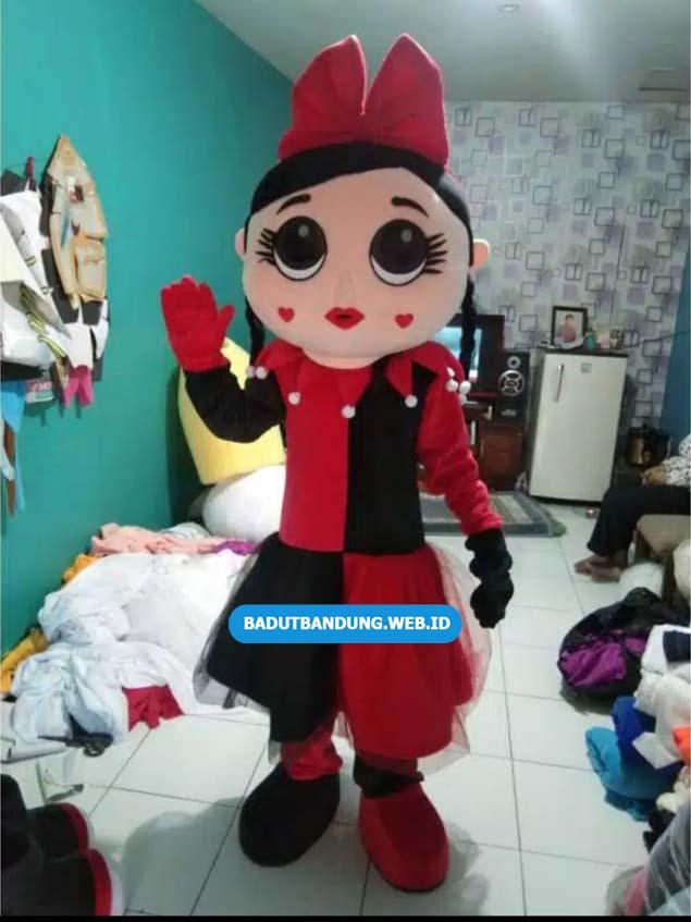 Badut Lol Baju Merah Hitam Kepala Love