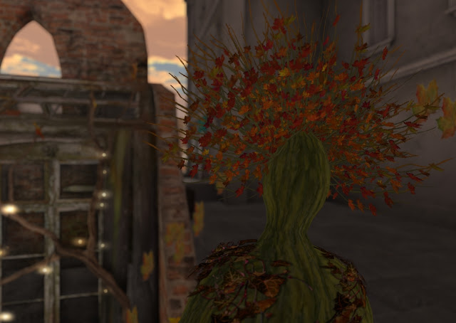 Leafy Autumn Lady in New Babbage