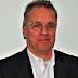 Dr. Tim Meyer explica os protocolos da Bundesliga