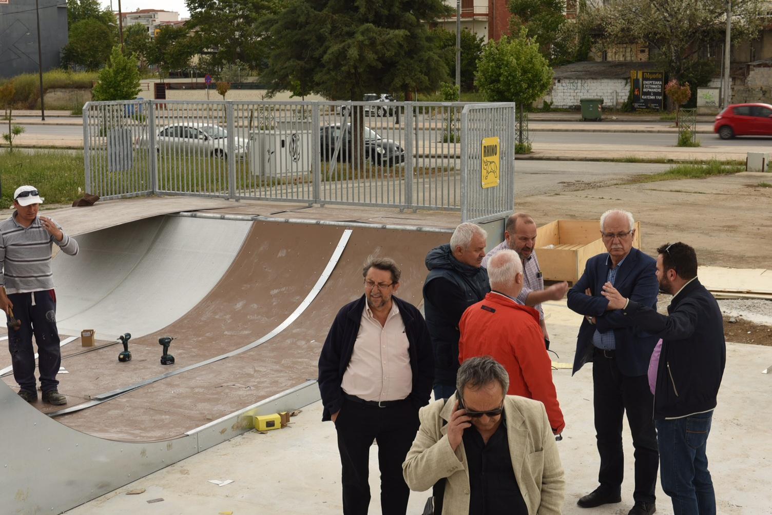 Παραδίδονται πίστα skate και πολυγήπεδο στο «Πάρκο των Χρωμάτων» στη Λάρισα (ΦΩΤΟ)