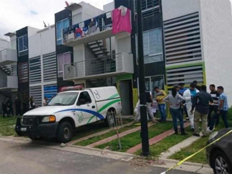 Encuentran siete cuerpos en casa de Tlajomulco, cuatro estaban enterrados.