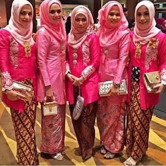 Contoh Kebaya Muslimah Untuk Pesta Pernikahan