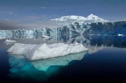 Γροιλανδία – Έλιωσε τεράστια ποσότητα πάγου σε μία ημέρα