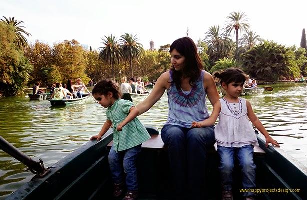 Remando en el lago del parque de la Ciutadella (BCN)