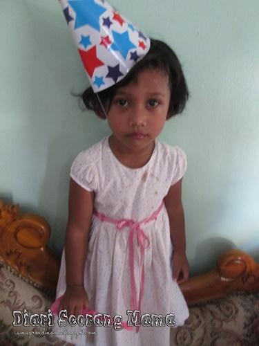 Menyambut Hari Lahir Rayna Zaara
