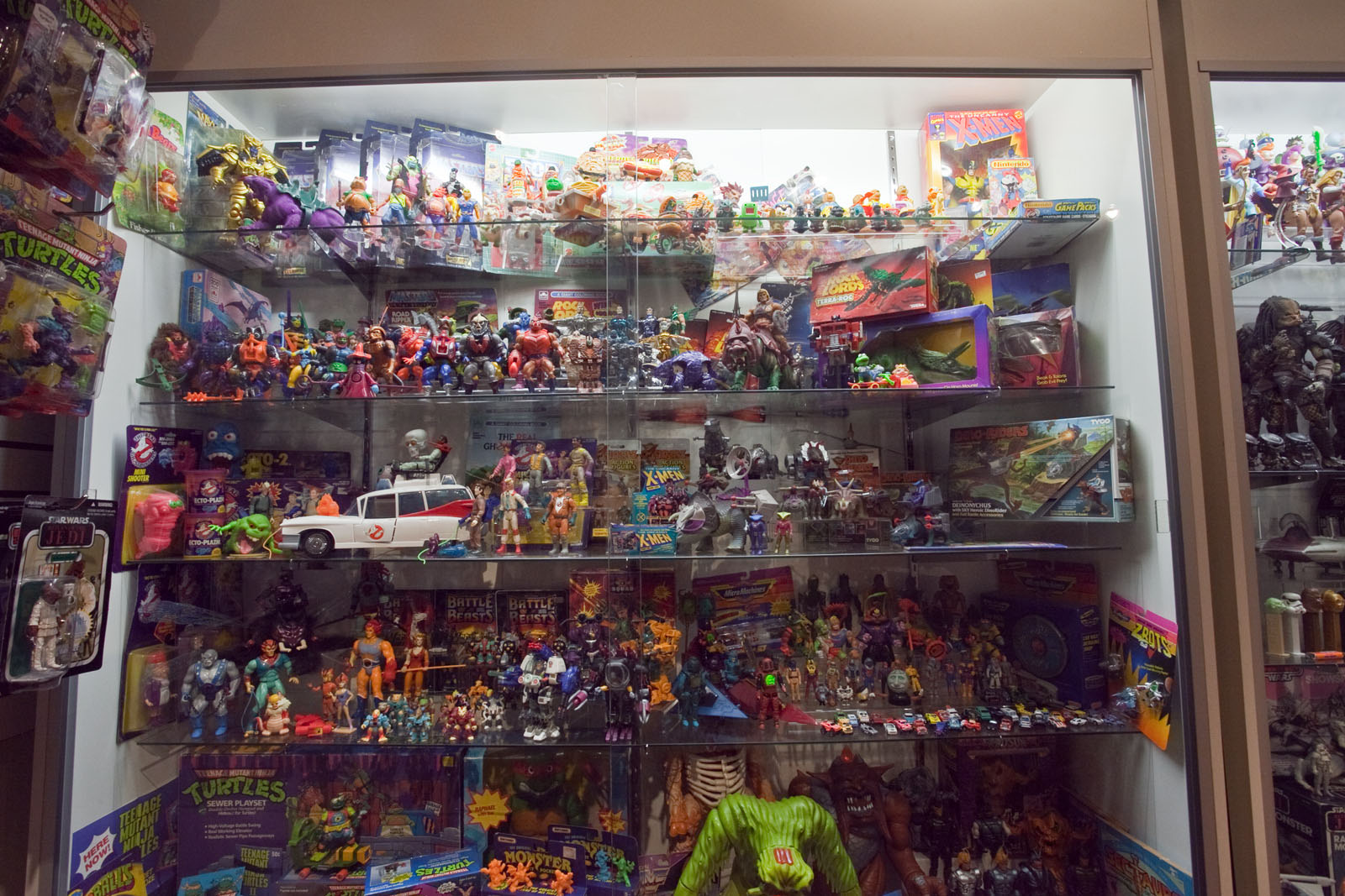 80 Toy Action Figure Shelves - chriscollection2_Most Inspiring 80 Toy Action Figure Shelves - chriscollection2  Pic_692885.jpg