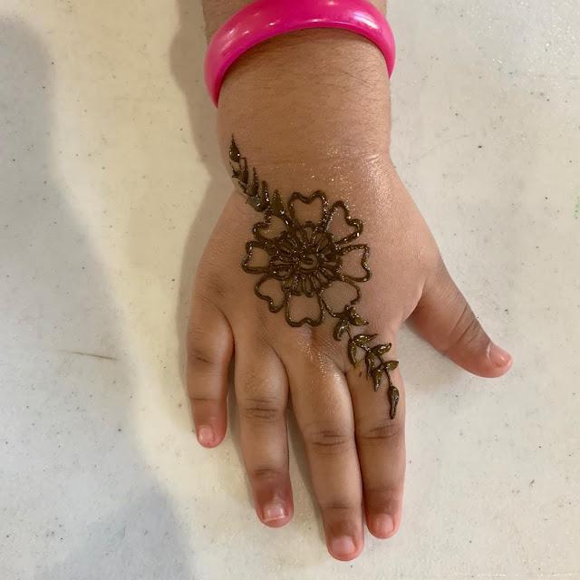 hand very simple arabic mehndi designs for kids