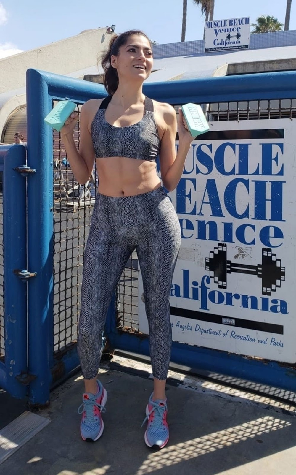 Blanca Blanco Gets in a weekend workout at Venice's famous Muscle Beach - 03/09/2019
