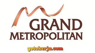 Loker Grand Metropolitan