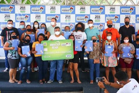 Governo do Maranhão entrega mais 5 mil cartões do Minha Casa Melhor