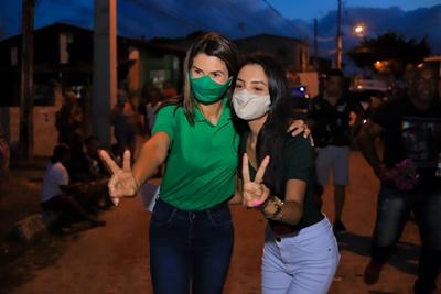 'Nós vamos governar ouvindo o povo nas ruas', afirma Katiana Gadelha