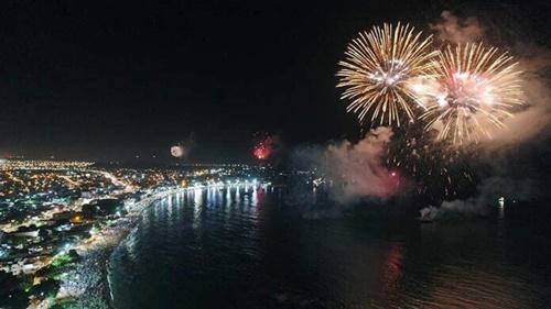 Prefeitura de Rio das Ostras anuncia que não terá tradicional queima de fogos em virada de ano