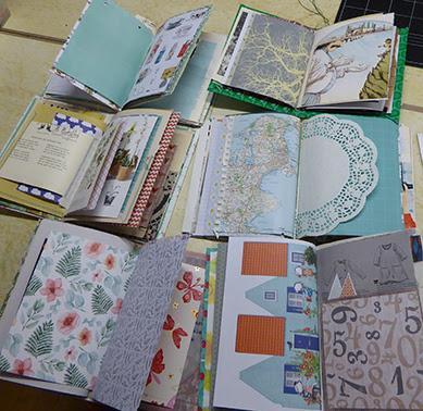 skønne bøger syet med hjælp fra Susanne Randers, MitKrearum