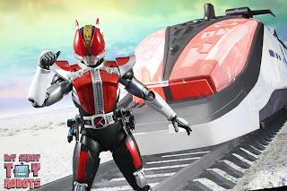 S.H. Figuarts Shinkocchou Seihou Kamen Rider Den-O Sword & Gun Form 13