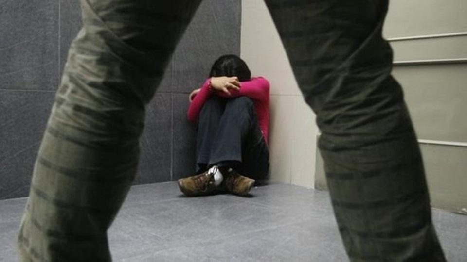 Abuso mas denuncias contra portero