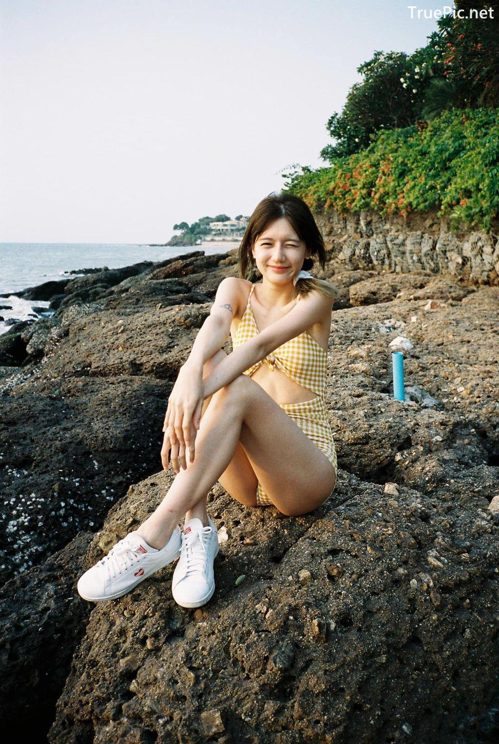 Image-Thailand-Model-Thanya-Siwasiriyangkoon-Yellow-Plaid-Monokini-TruePic.net- Picture-9