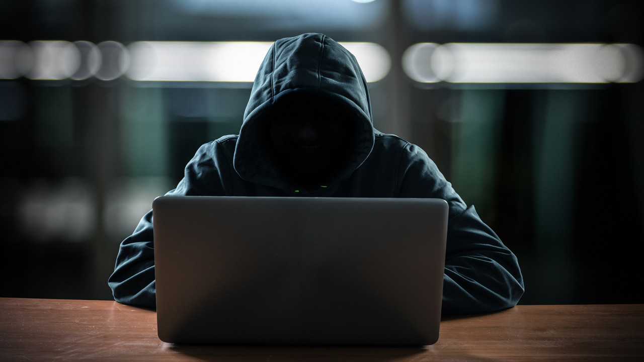Do You Know How Scammers Find It Easy To Scam European Ladies? (READ THIS)