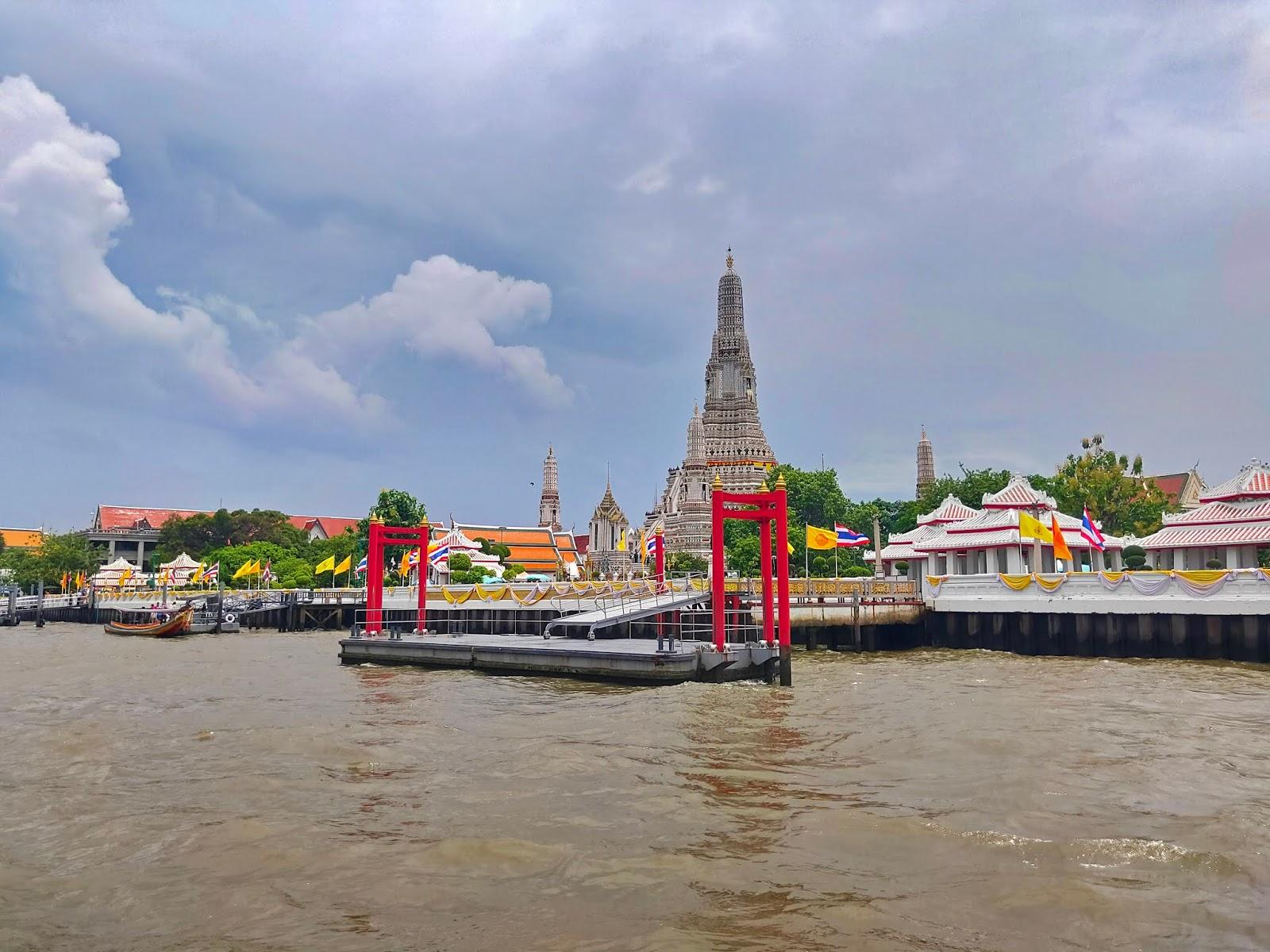sungai chao praya bangkok