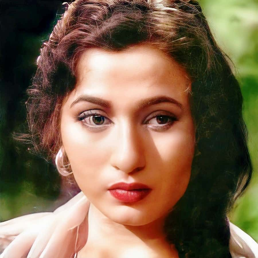 madhubala face closeup hd, madhubala color pictures