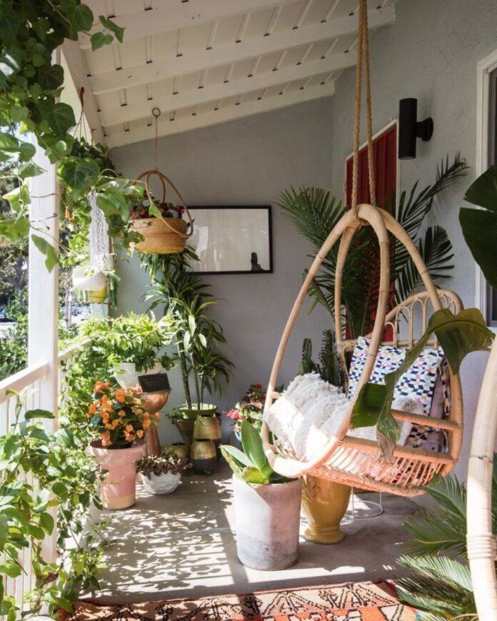 balkon_vrt_začinsko-bilje_uzgoj_vrtlarenje_povrće