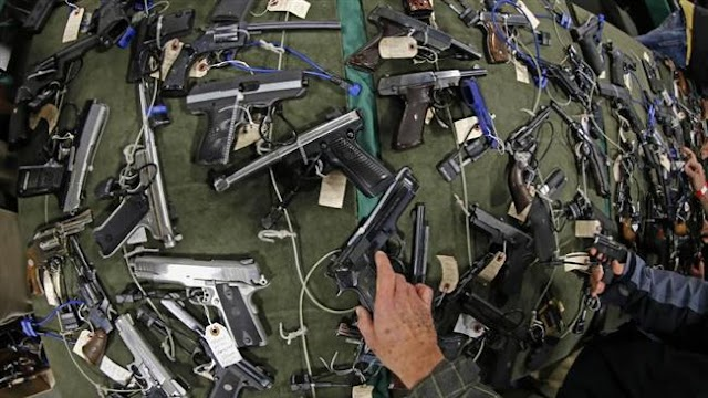 US state of Kansas allows college students and professors to carry guns
