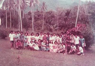 FOTO ALUMNI KELAS 3 SMP TIMONONG NYARUMKOP SINGKAWANG ANGKATAN TAHUN 1979 / 1980