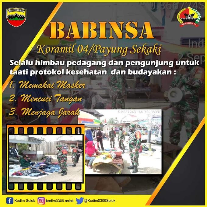 Kampanyekan 3M, Koramil 04/Payung Sekaki Tegakkan Disiplin Protokol Kesehatan di Pasar Sirukam