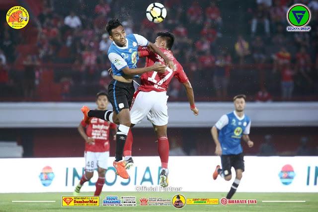 foto pertandingan Barito Putera VS Bali United