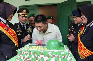 Kapolres Cirebon Bikin Surprise Di HUT TNI Ke 74