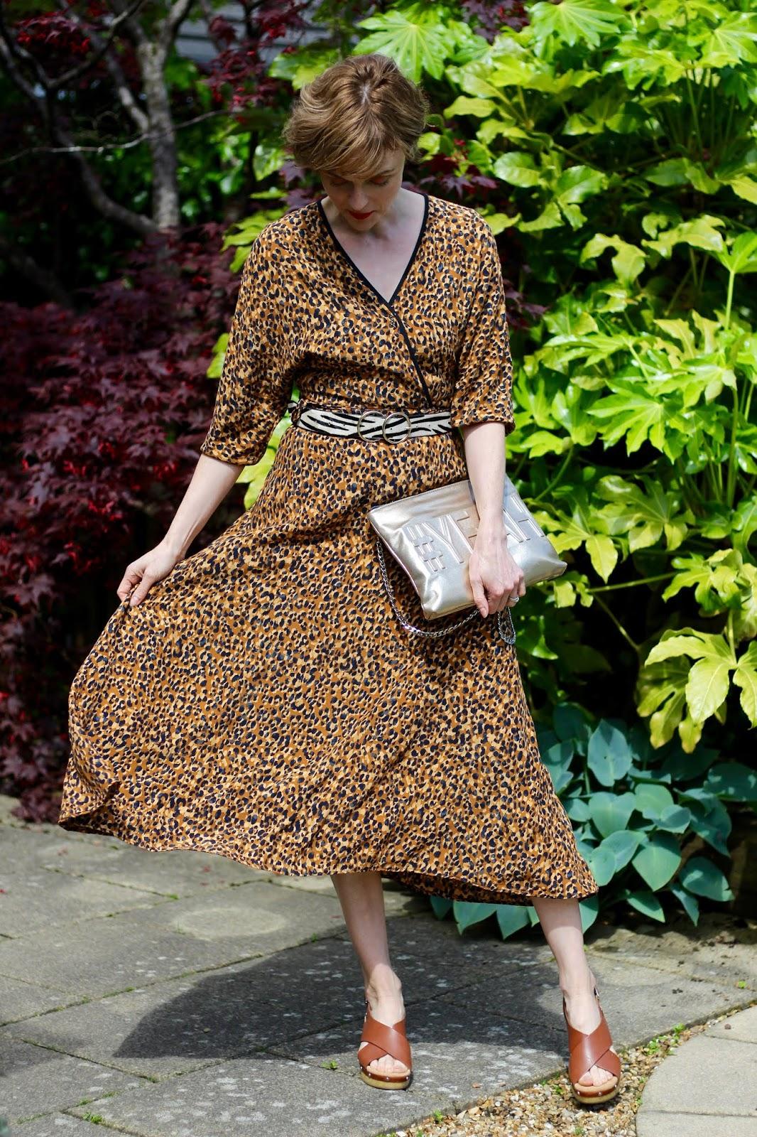 Leopard midi dress, zebra belt and tan sandals | Fake Fabulous