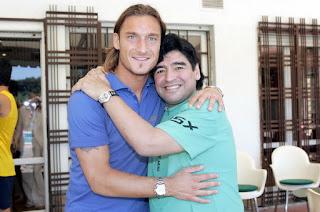 Komentar Maradona Tentang Totti yang Terbaik