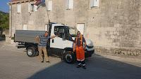 novo komunalno vozilo Općina Nerežišća slike otok Brač Online