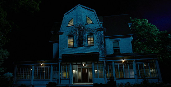 a book review of the amityville horror Tommy lee wallace (screenplay), hans holzer (book) all cast  we got this covered amityville: the awakening review  the amityville horror amityville: the evil.