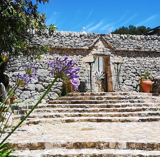 Casa in pietra, trulli