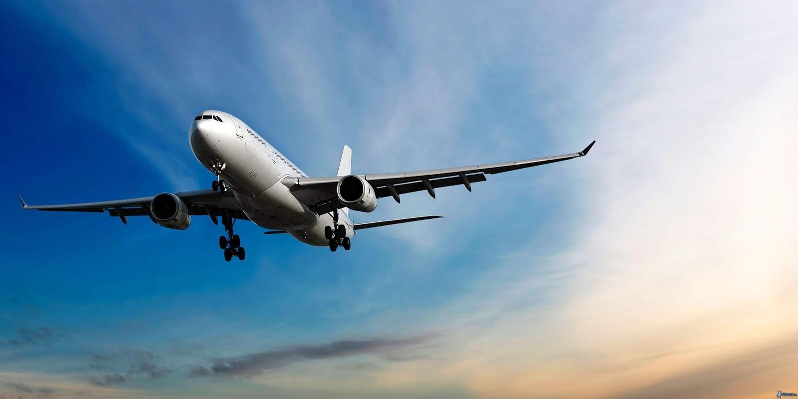 Boeing 777 air plane Wallpapers Hd