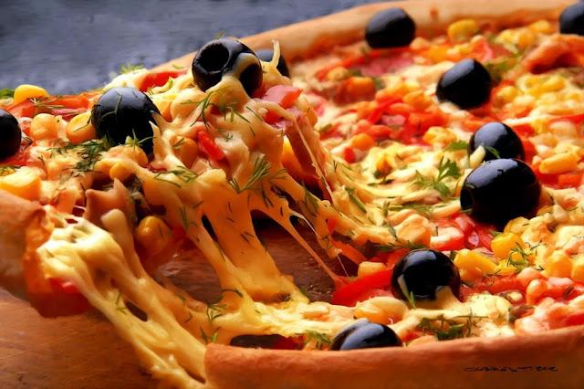 Το μαθηματικό κόλπο για να τρώτε περισσότερη πίτσα από τους άλλους