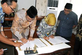 Gubernur dan Pimpinan DPRD NTB Tandatangani Nota Kesepakatan Raperda RPJMD 2018-2023