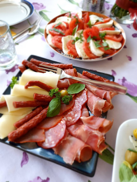 sałatka wiosenna, sałatka impreza,impreza, z kuchni do kuchni,top blog kulinarny,fit sałatka,