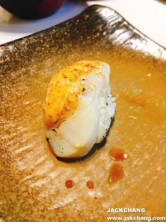 炙燒明太子干貝壽司