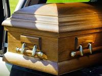 Dinyatakan Meninggal, Seorang Wanita Berteriak Setelah Dikubur