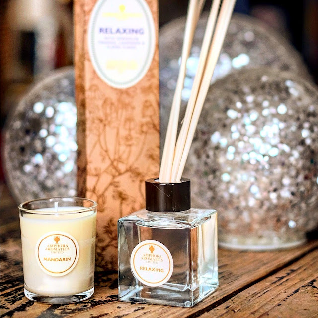 This candle and diffuser by Amphora Aromatics would make a lovely gift for mums this Christmas