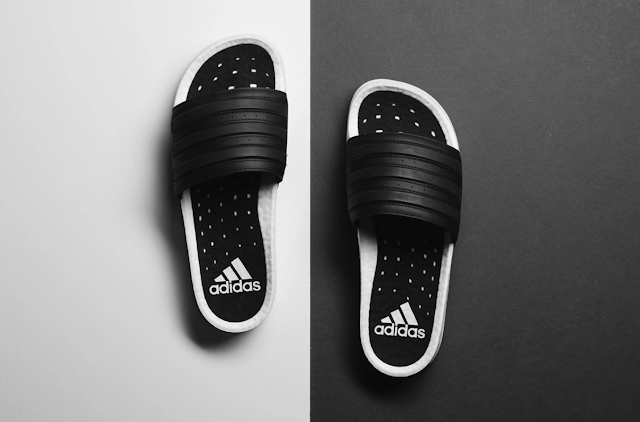 Adidas ra mắt dép adilette
