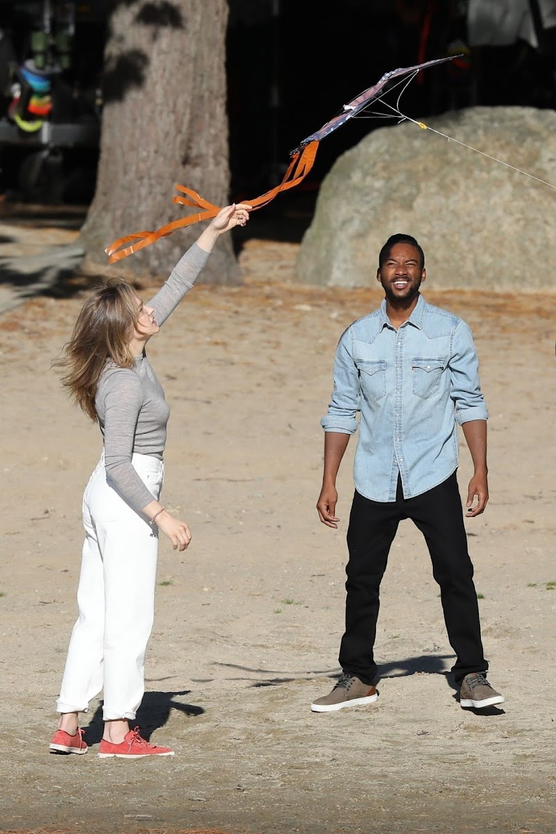 Chloë Moretz and Algee Smith Clicked on the Set of Mother/android in Boston 7 Oct-2020