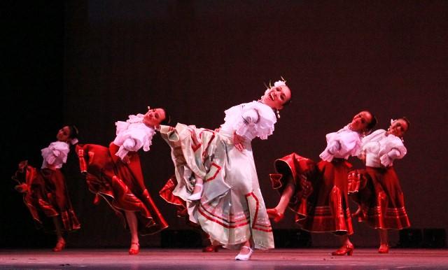 Danza, canto y literatura brillarán en K'aay T'aan