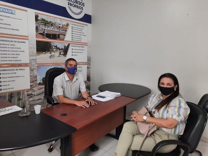 Claudia Batista visita Secretaria de Infraestrutura e Serviços Públicos para alinhar ações em favor da população.