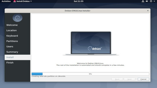 Top Linux distributions in operation