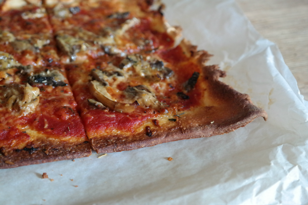 This Little Big Life: Homemade Pizza