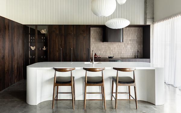 backsplash kitchen travertine tiles kitchen island barstools