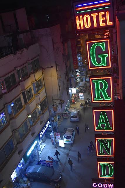 cheap accommodation in delhi - hotel on ara kashan road paharganj new delhi